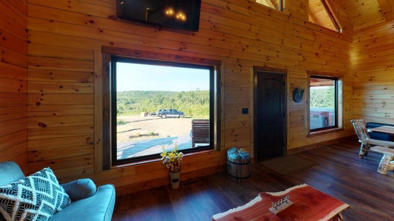 Shurtz Overlook Cabin Hocking Hills